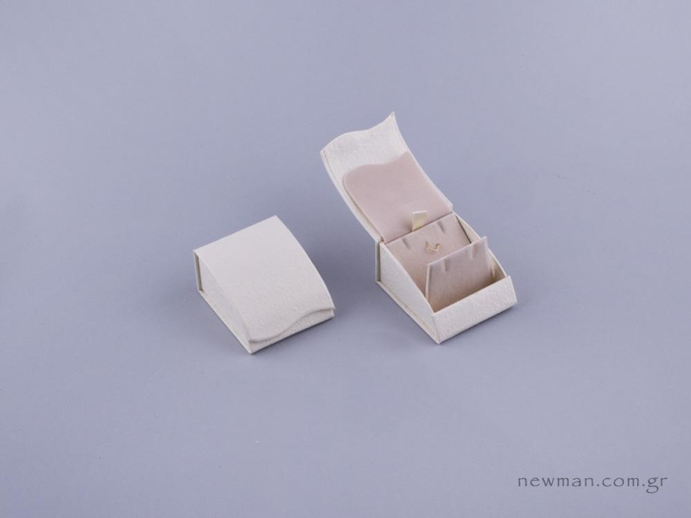 051481 - Κουτί μενταγιόν/Σκουλαρίκια εκρού