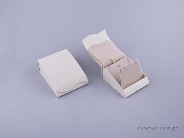 051490 - Κουτί Σταυρός/Σκουλαρίκια εκρού