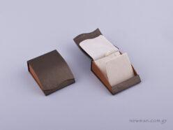 051470 - Κουτί Σταυρός/Σκουλαρίκια πέρλα δίχρωμο