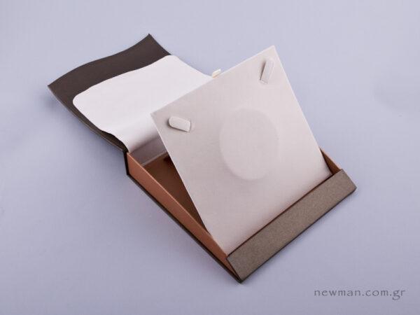 051471 - Κουτί Κολιέ (μικρό) πέρλα δίχρωμο