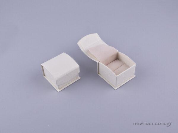 051591 - DRP Κουτί για δαχτυλίδι (σχισμή) εκρού