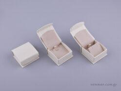 051592 - DRP Κουτί για μενταγιόν/σκουλαρίκια εκρού