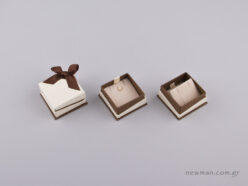 051441 - Jewellery Box for Pendant/Earrings Brown