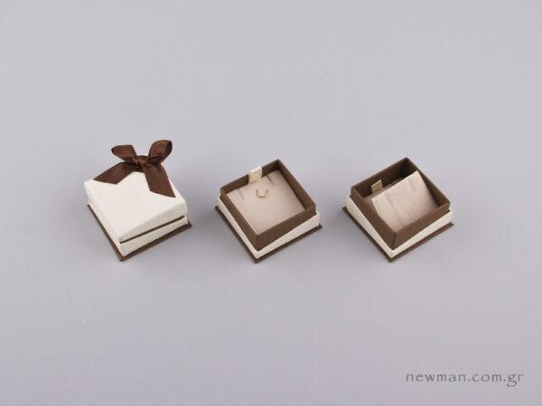 051441 - Κουτί για Μενταγιόν/Σκουλαρίκια Καφέ