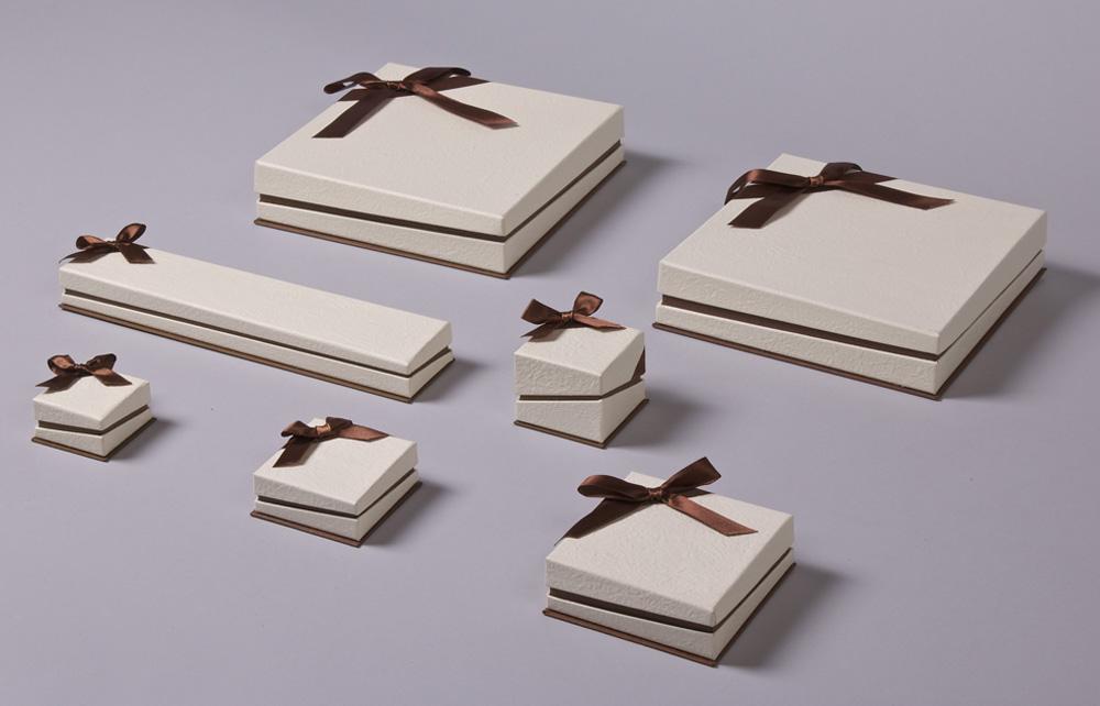 FSP σειρά κουτιά κοσμημάτων με λοξό κλείσιμο & Καφέ φιόγκο