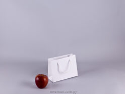Gofrato χάρτινη τσάντα 17x13cm