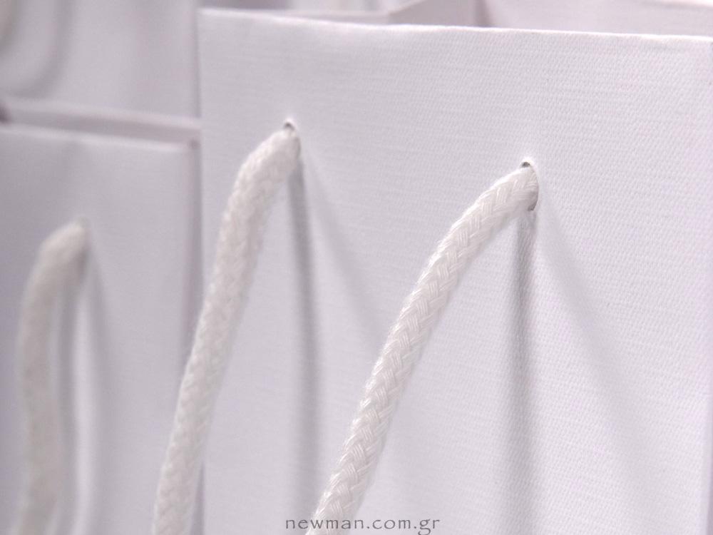 Gofrato τσάντα με βαμβακερό λευκό κορδόνι