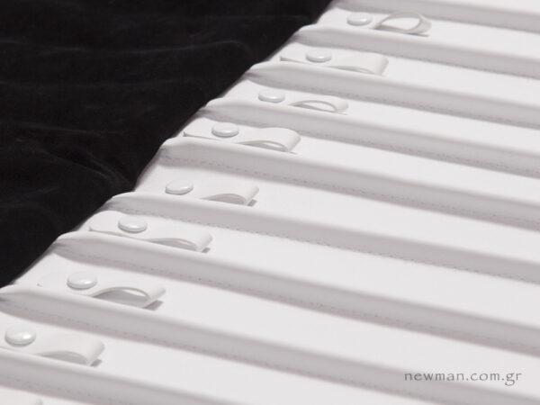 Λευκό νάπα με κούμπωμα κλιπ