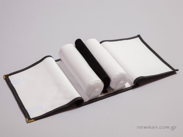 Μαύρη δερματίνη εξωτερικά και άσπρο νάπα εσωτερικά