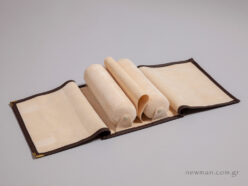 Jewellery roll for bracelets brown with ivory