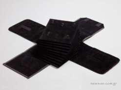 Εσωτερική φόδρα & ταμπλό από μαύρο σουέτ