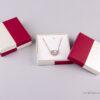 Κουτί σκάκι κόκκινο/εκρου για μενταγιόν/σκουλαρίκια