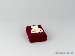 Παιδικό κουτί σε μπορντώ χρώμα για βαπτιστικό σταυρό με αρκουδάκι
