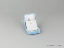Τετράγωνα κουτιά παιδικών κοσμημάτων σε σιέλ χρώμα