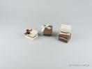 Κουτί για κοσμήματα με κρίκο για μενταγιόν και εγκοπές για σκουλαρίκια της σειράς PN με κωδικό 051762 στο newman.com.gr