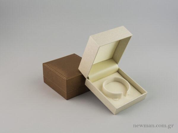 Κουτί με βάση για χειροπέδα της σειράς CTK με κωδικό 000490 στο newman.com.gr