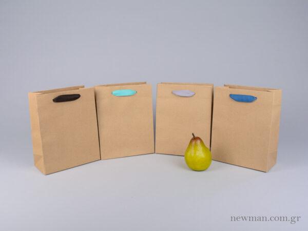 Χάρτινη τσάντα kraft με λαβές φακαρόλα σε 4 χρώματα στο newman.com.gr