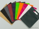 Χρωματολόγιο 10 χρώματα υφασμάτινες τσάντες non woven με χερούλι χούφτα σε διαστάσεις 30×35 εκ.