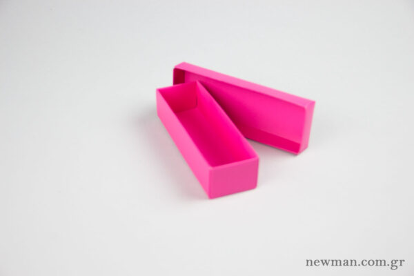 Paper Jewellery Boxes 13x4x3cm in fuchsia.