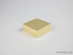 skliro-kouti-mpizou-10x10x3-5-xryso