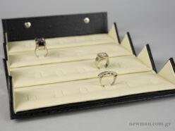 Κασετίνα σπαστή για 22 δαχτυλίδια
