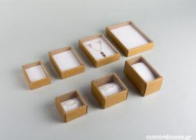 Οικολογικό κουτί kraft με διάφανο καπάκι και άσπρη βελούδινη βάση σε 7 μεγέθη