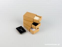 Κουτί kraft συρταρωτό σπιρτόκουτο με βελούδινη βάση μενταγιόν νο2