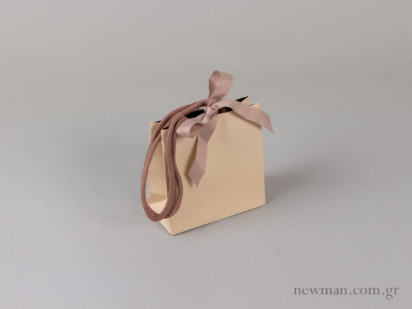 Bag with cord and grosgrain ribbon 064100