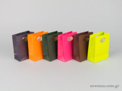 Paper bag with die-cut handle No0 colors