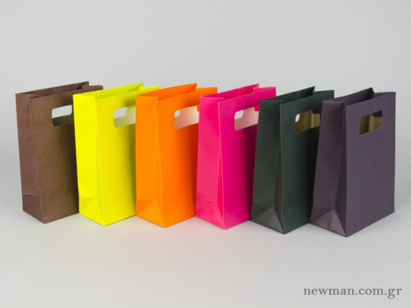 Paper bag with die-cut handle No1 colors