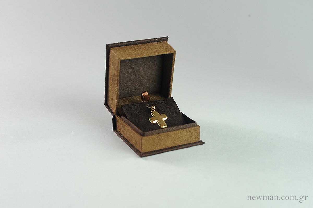 suede-box-for-cross-earrings-001221