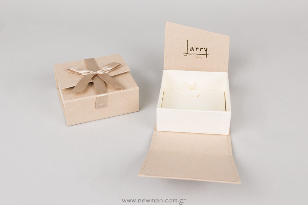 Larry design τυπωμένο κουτί για σταυρό/μενταγιόν/αλυσίδα (σκουλαρικια)