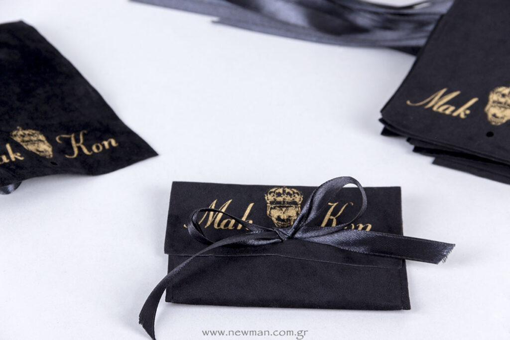 Mak Kon jewels λογότυπο σε σουέτ πουγκιά