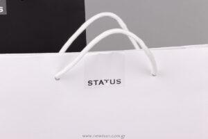 Status logo σε αυτοκόλλητες ετικέτες για τσάντα