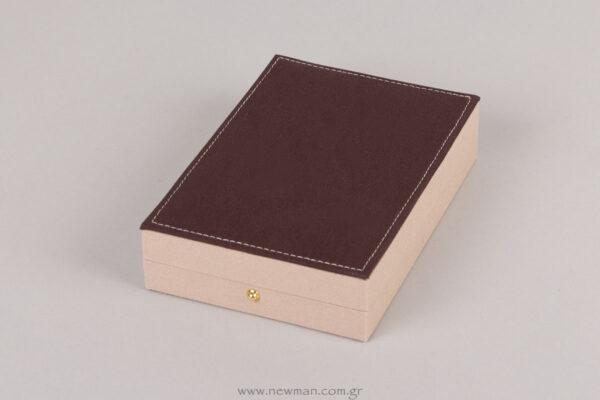 054005 Λινό κουτί για κολιέ