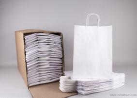 Τσάντα λευκή με στριφτό χεράκι 37x27+12 cm