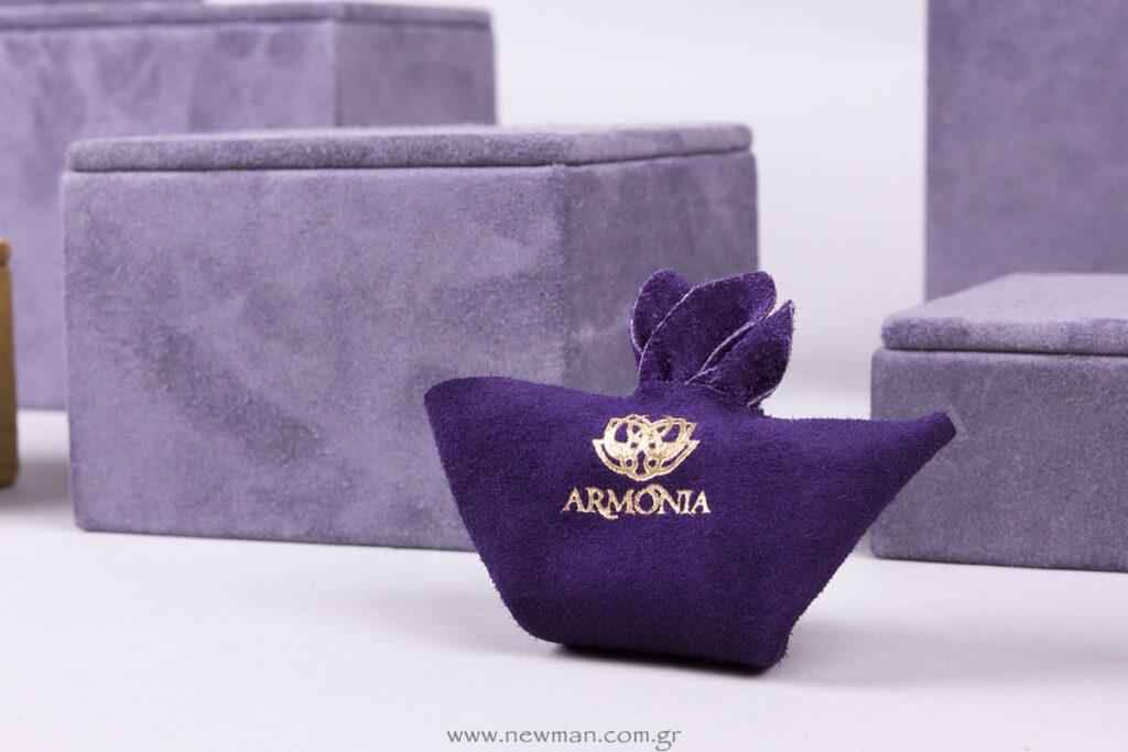 Armonia χρυσοτυπία σε συσκευασία για κόσμημα