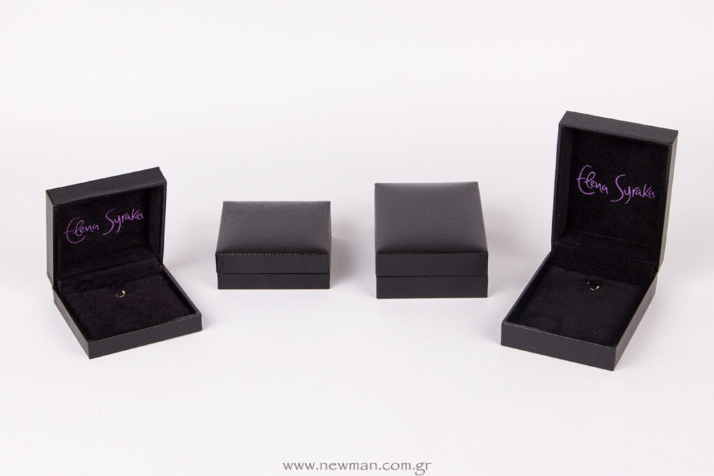 Jewellery-boxes-with-the-logo-Elena-Syraka