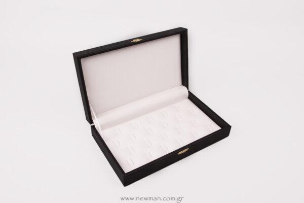 kasetina-me-kapaki-gia-22-daxtylidia-me-gantzo3569