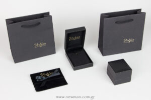 We printed the logo of Stratakis boutique in three types of packaging (bag, pouch, boxes) with the gold hot foil technique.