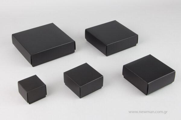 Μαύρα χάρτινα πλαστικοποιημένα κουτιά μπιζού με βελούδινο μαξιλαράκι σε 5 μεγέθη 0744
