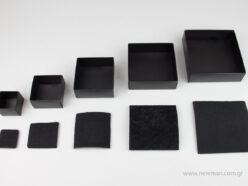 Μαύρα χάρτινα πλαστικοποιημένα κουτιά μπιζού με βελούδινο μαξιλαράκι σε 5 μεγέθη 0746