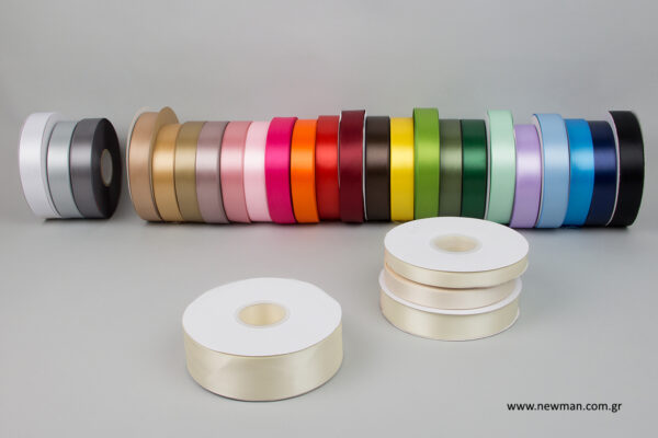 luxury-satin-ribbons-newman-ecru-38mm_5453