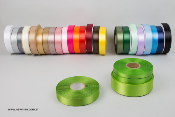 luxury-satin-ribbons-newman-light-green-25mm_5506