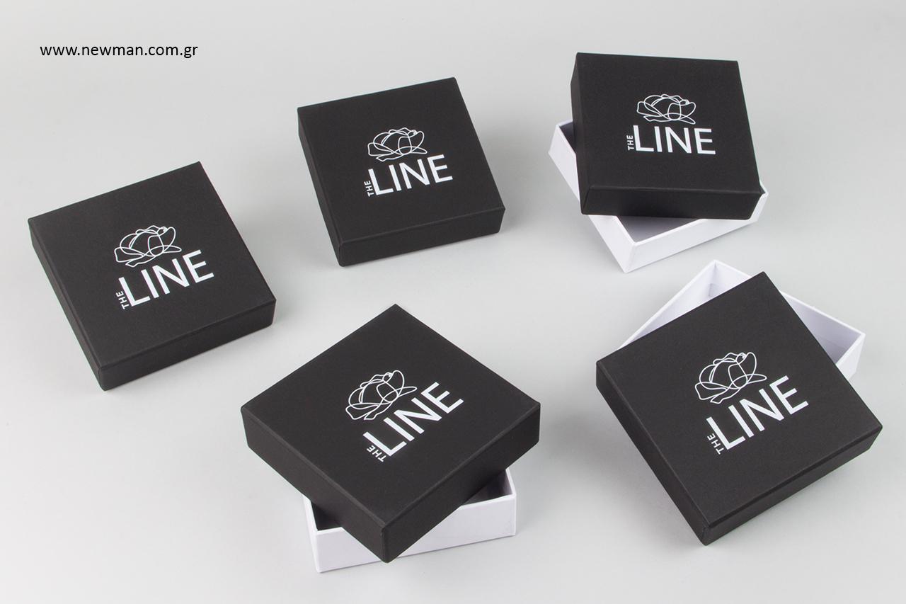 Χάρτινα κουτιά για κοσμήματα με εκτύπωση λογότυπου.