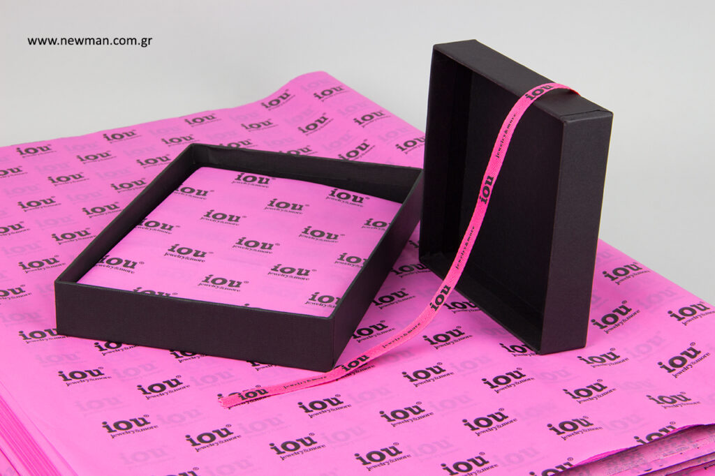 iou jewelry and more: Τυπωμένες συσκευασίες από τη NewMan Packaging.