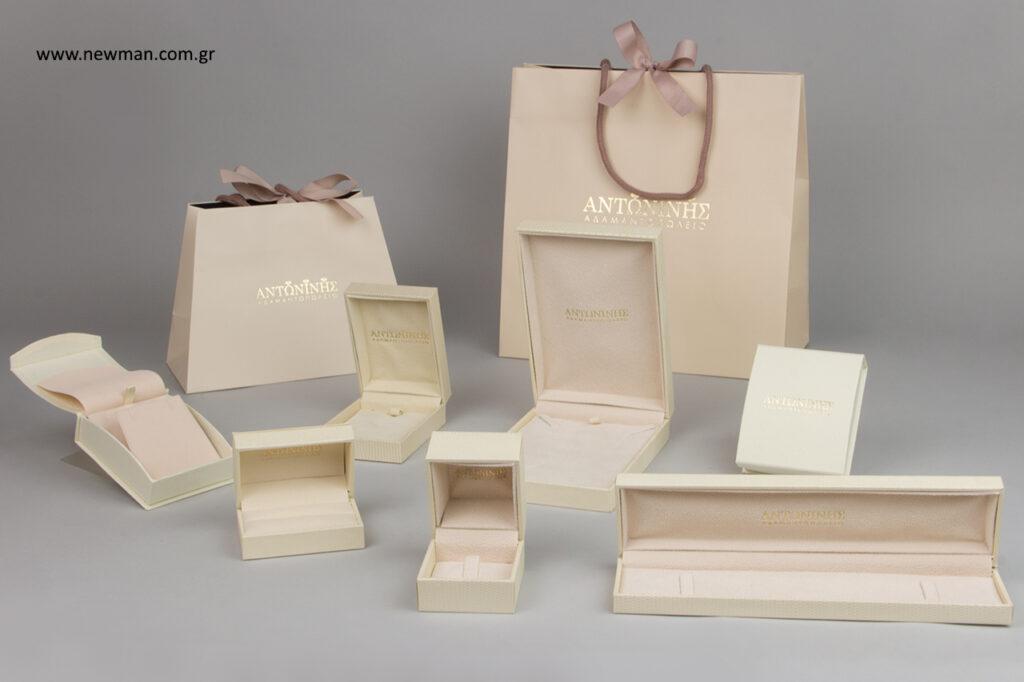 Antonini jewels: Χρυσοτυπία σε επώνυμα είδη συσκευασίας χονδρικής.