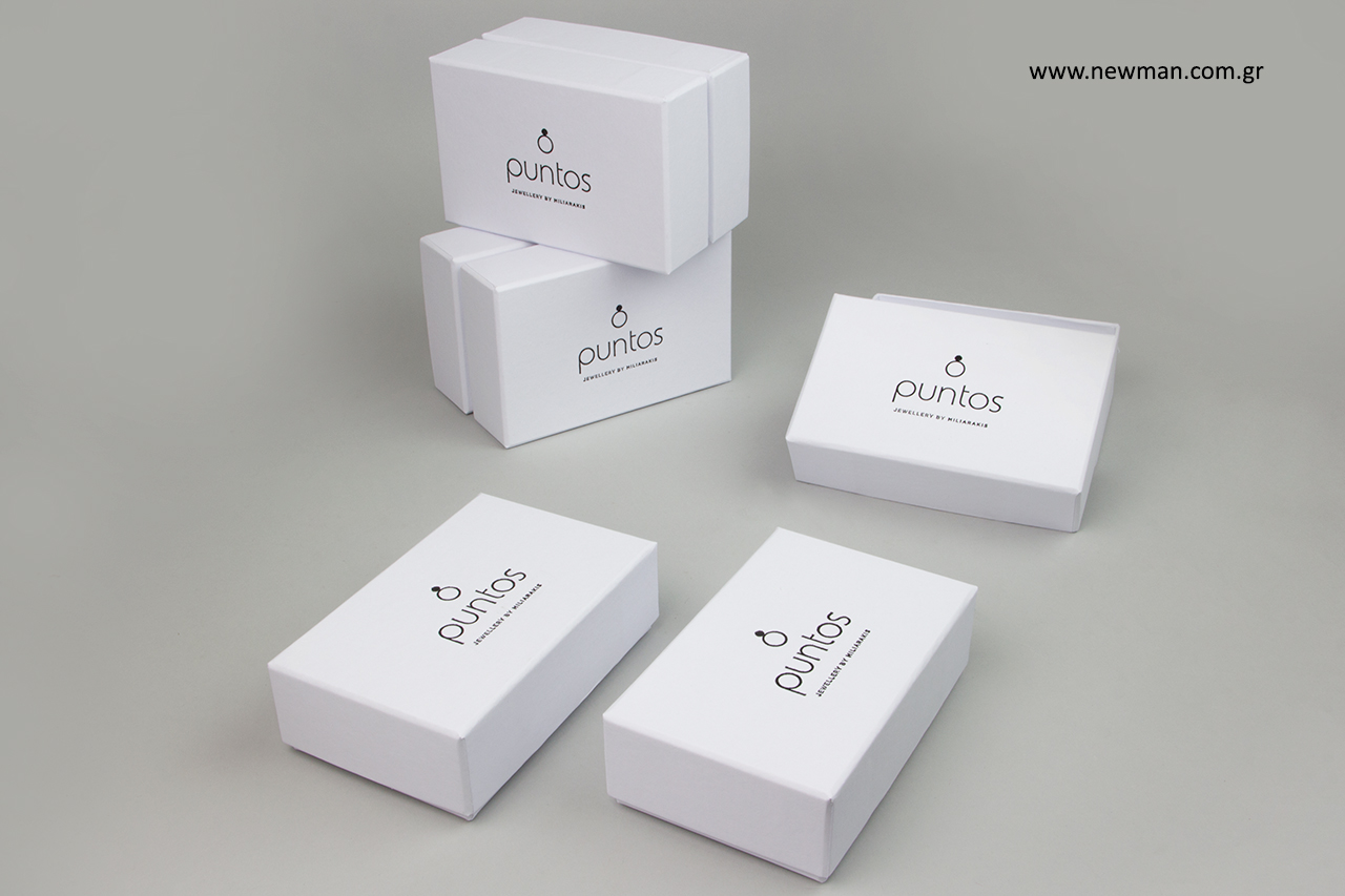 Επώνυμα κουτιά χονδρικής για κοσμήματα.